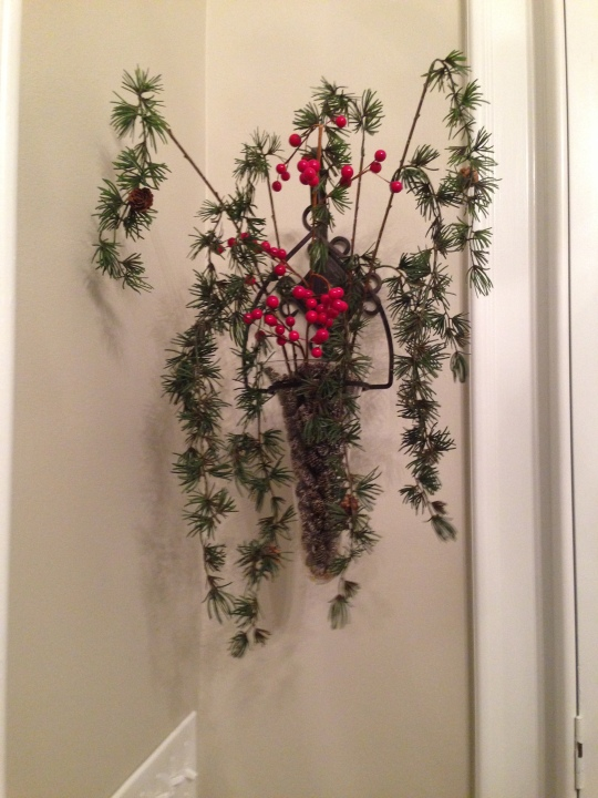 During Christmas they are filled with cinnamon scented pine-cones and floral stems