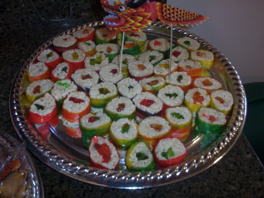 """Rice Krispy and fruit by the foot """"sushi"""" Using gummi worms and swedish fish"""