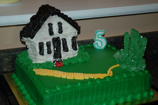 Wizard of Oz semi-homemade cake